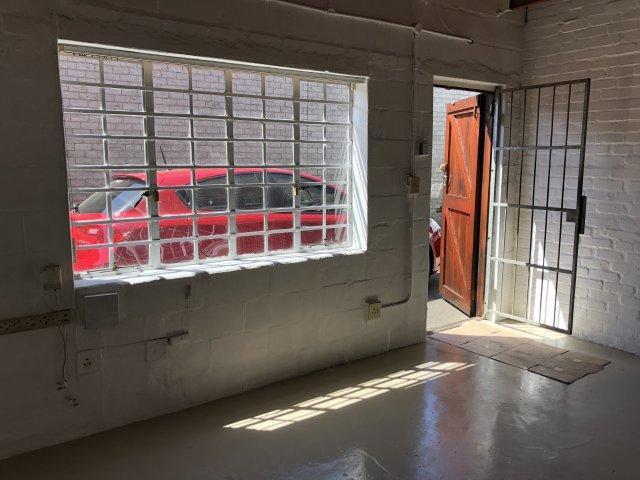 Property For Sale in Montague Gardens, Milnerton 12