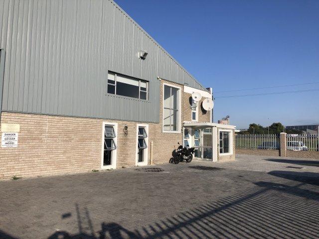 Property For Sale in Montague Gardens, Milnerton 5