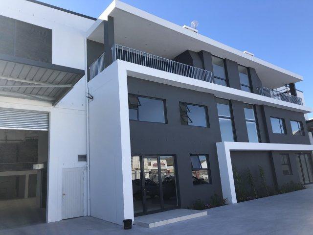 Property For Sale in Montague Gardens, Milnerton 2