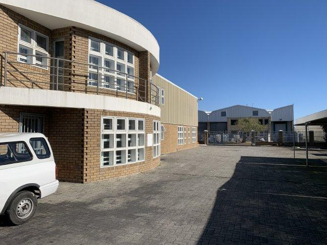 Property For Rent in Montague Gardens, Milnerton 13