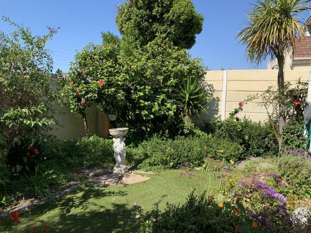 Property For Sale in Tygerhof Est, Cape Town 16