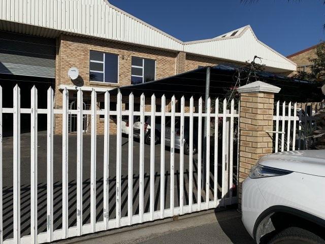 Property For Rent in Killarney Gardens, Milnerton 2